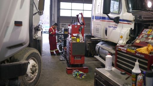 we help your improve your fleet management service in vancouver